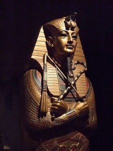 'Replica of King Tutankhamun's Mummy Case' by mharrsch (Creative Commons)